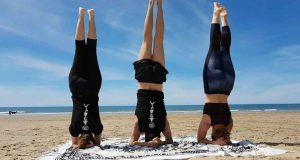 05 - Clase Yoga en la playa 28-04-2019 - Yoga 21