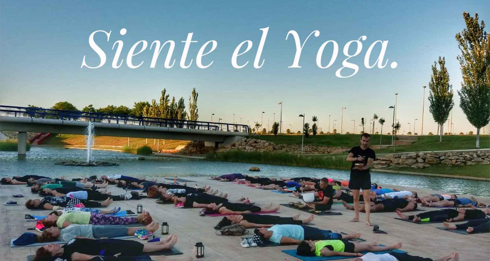 Yoga 21 - Siente el Yoga - Clases de Yoga en Dos Hermanas - Slider 01
